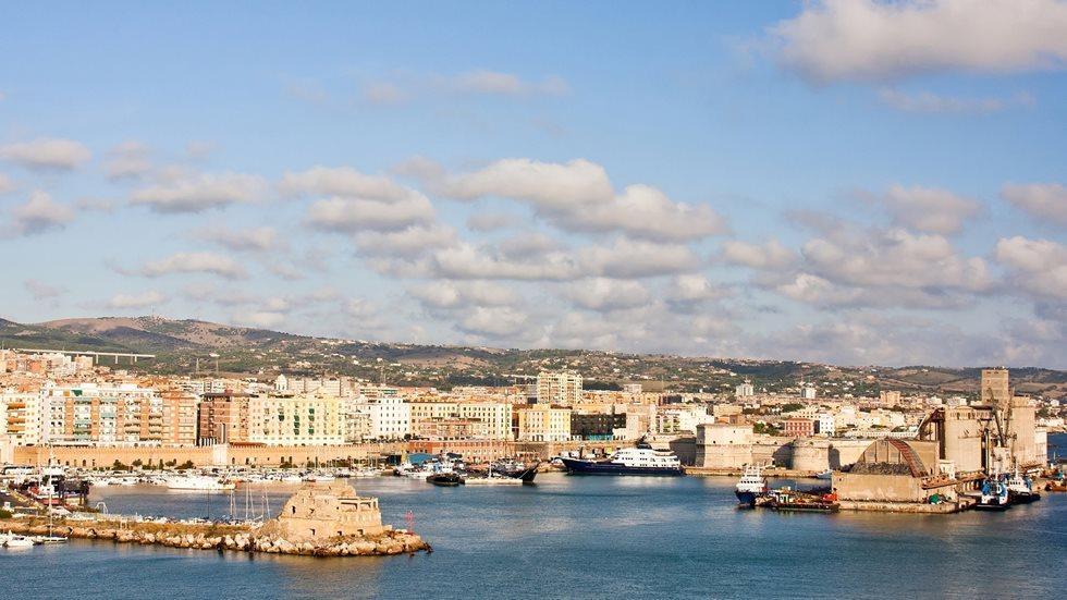 Mediterraneo-Ascolta la migliore musica che Buonacrociera possa offrirti direttamente